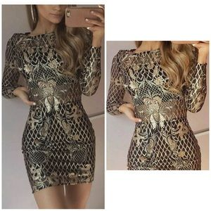 Metallic Gold Lace Panel Fitted Bodycon Mini Dress